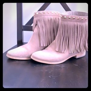 Michael Kors suede booties with fringes